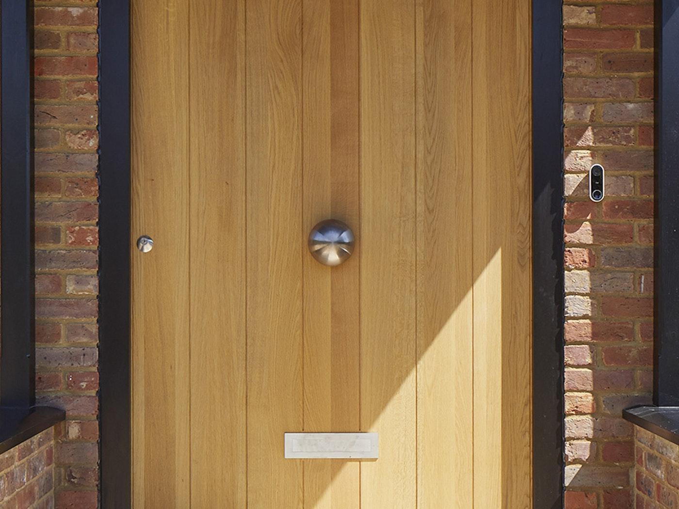 button handle philip watts urbanfront