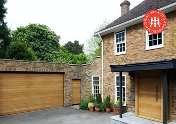 Front door inspiration houses with stone article thumbnail