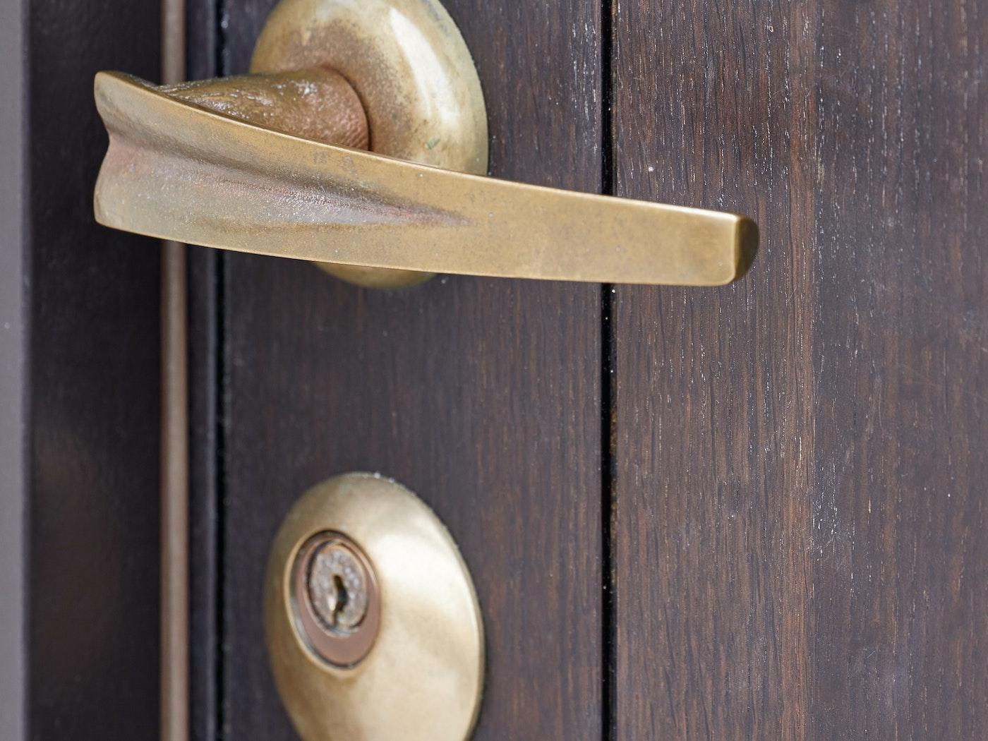 choosing handles for your front door Urban Front 3