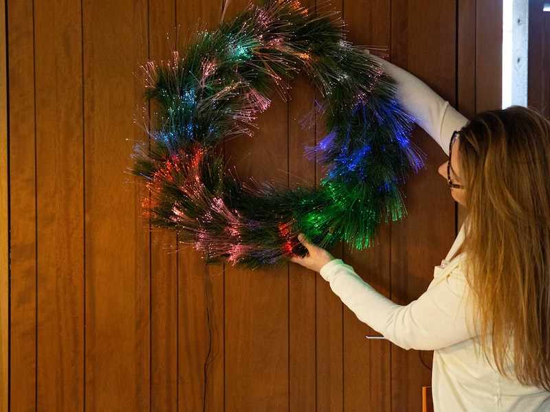 light up wreath