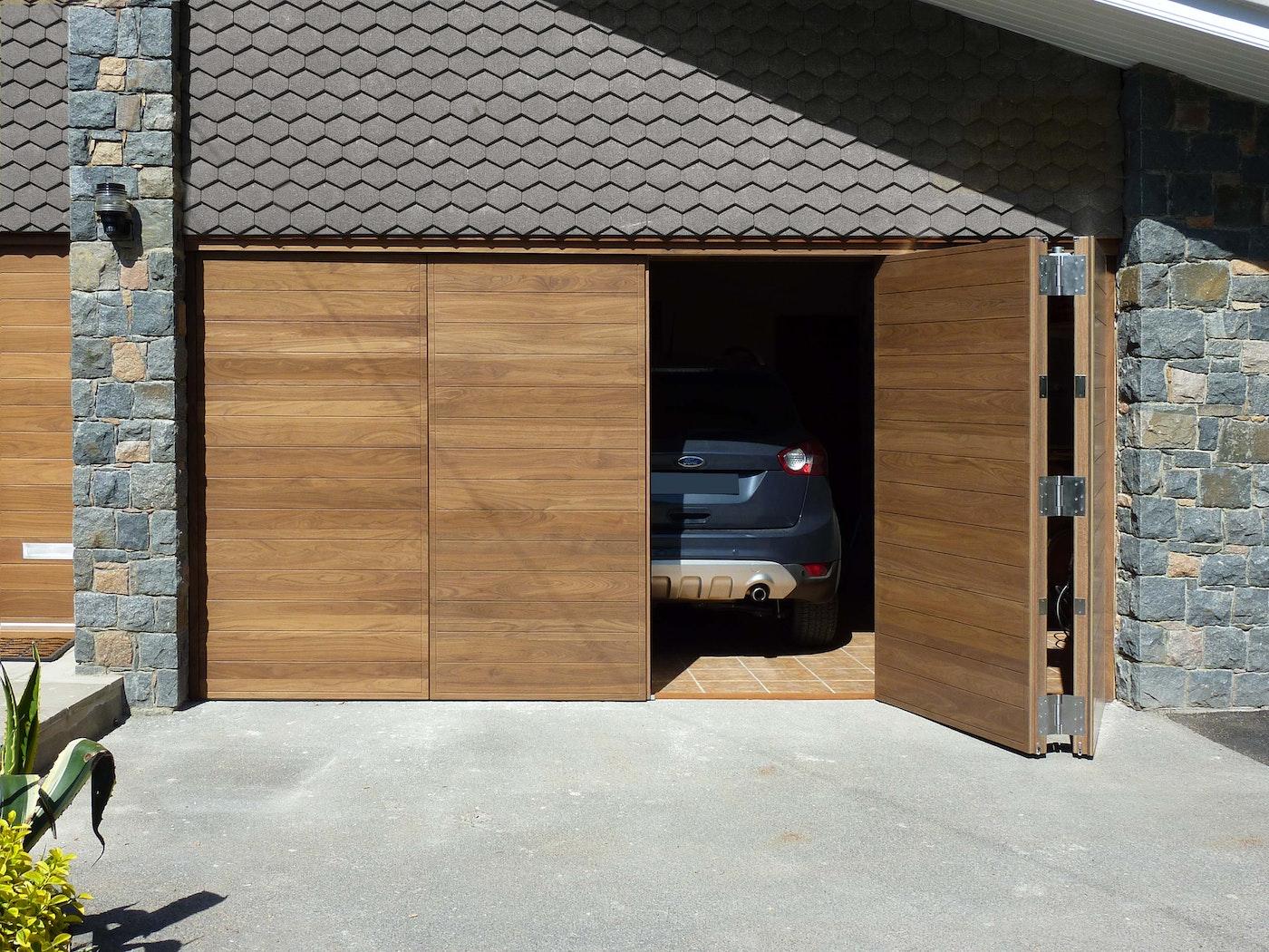 bifold garage door in a parma design