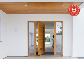 what you need t know about pivot doors thumbnail