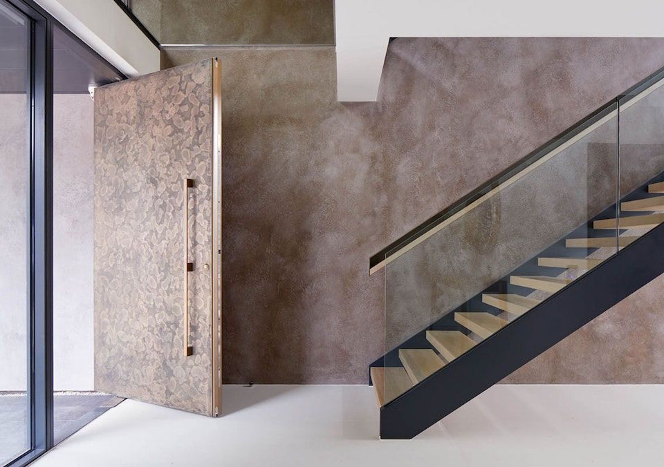 This metallic finish lends itself to so many exterior & interior styles