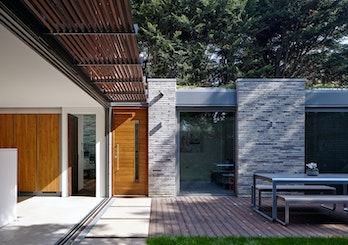 Doors in contemporary houses 22