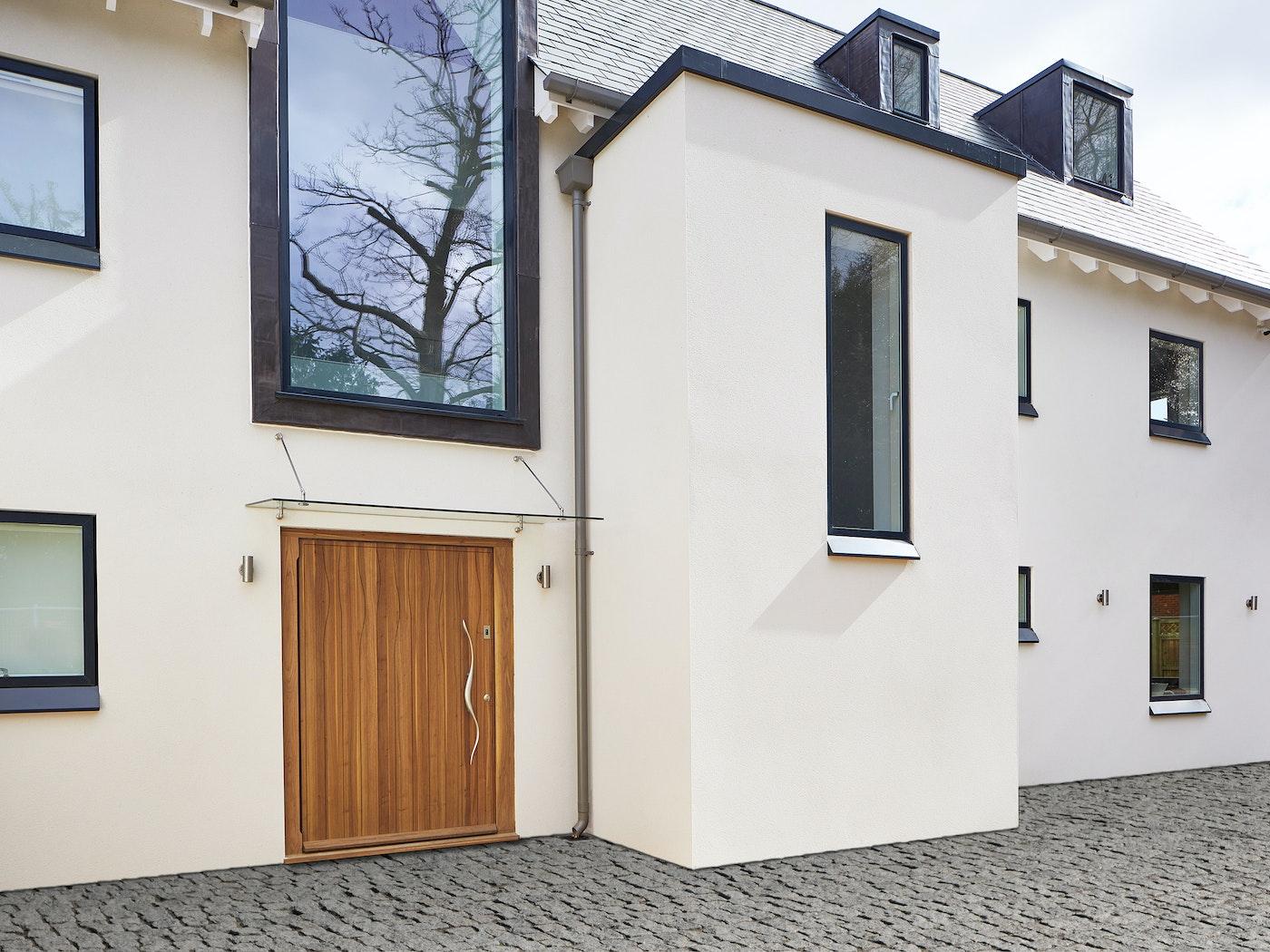 Oversized door in the Urban Front Wav design