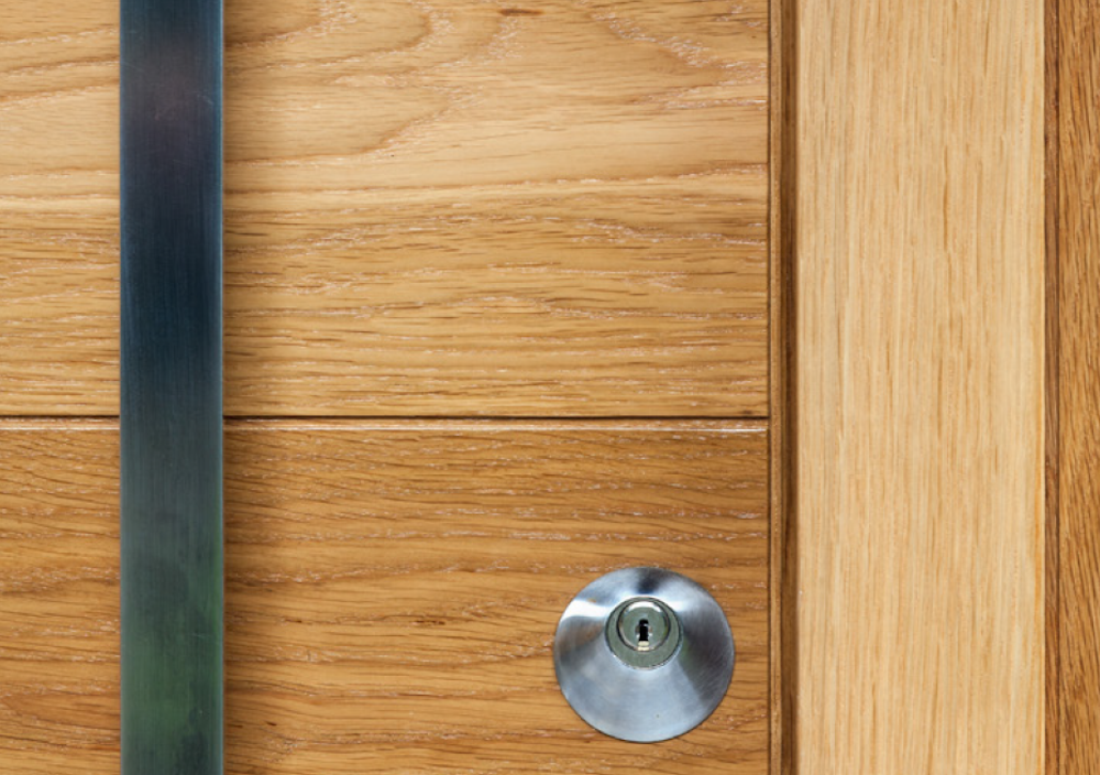 maintain lacquered wood door