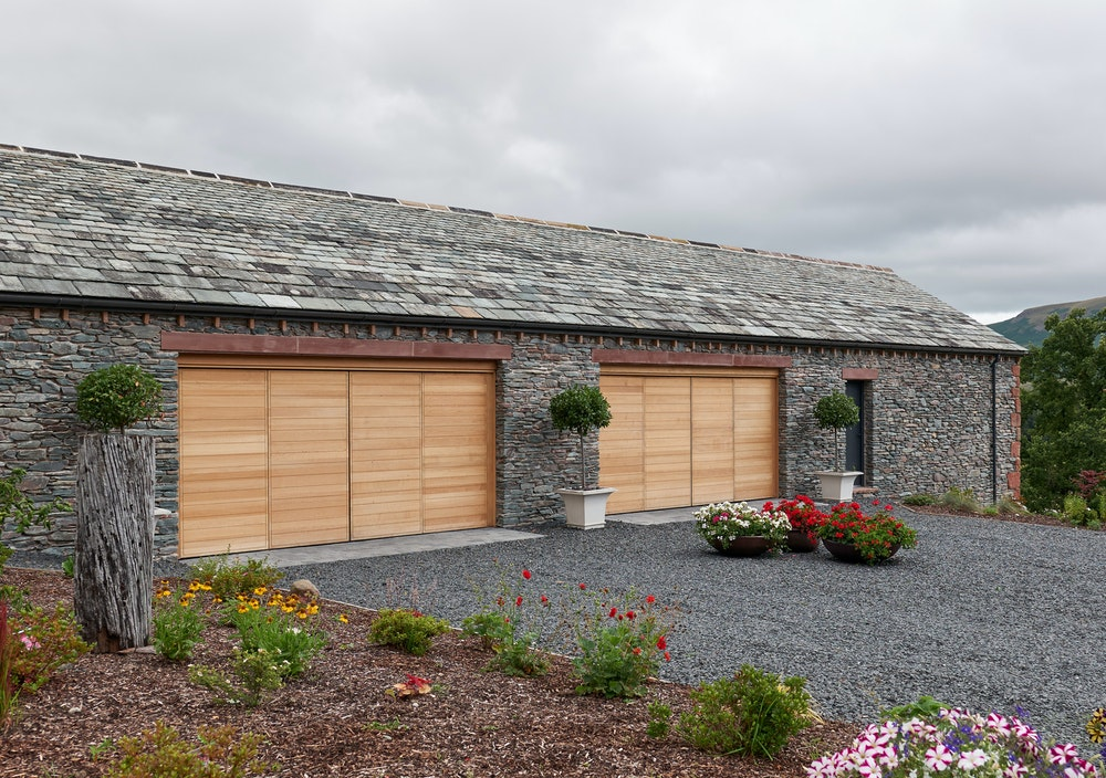 Garage doors | Contemporary garage doors | Urban Front