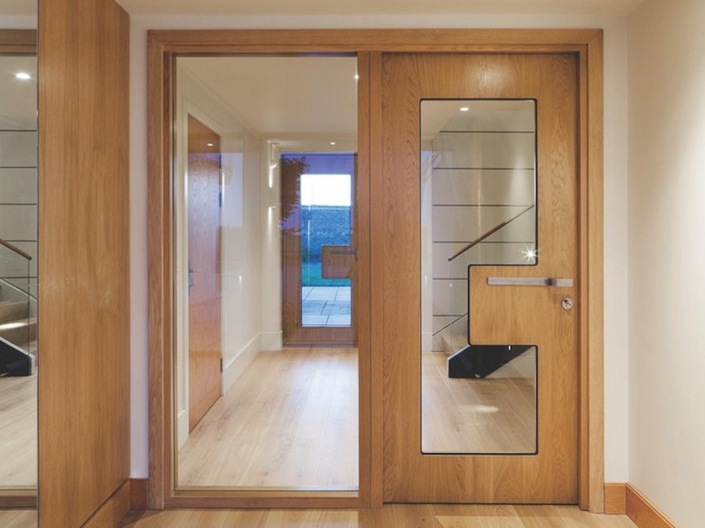 Ice Internal door | European Oak | Urban Front