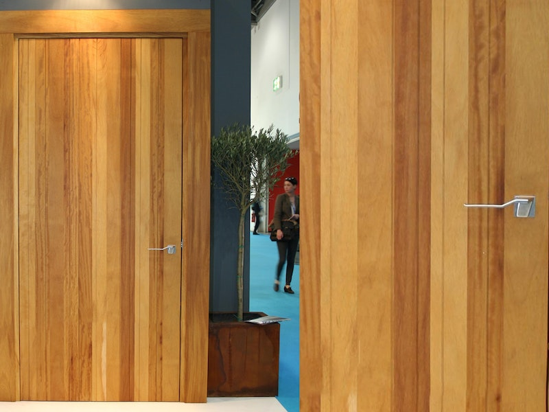 Rondo v internal door | Iroko | Urban Front