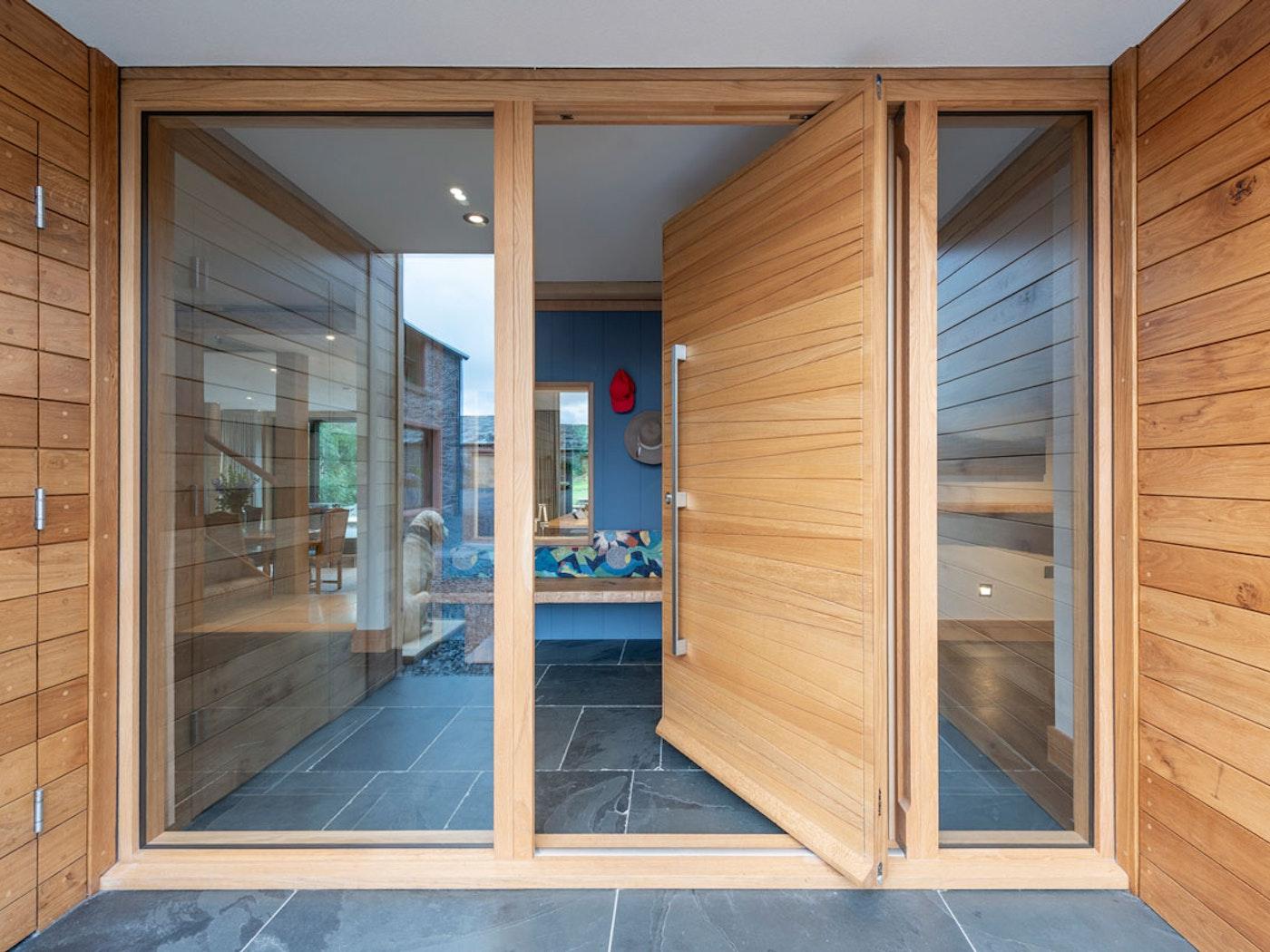 Oak pivot door | Open | Urban Front