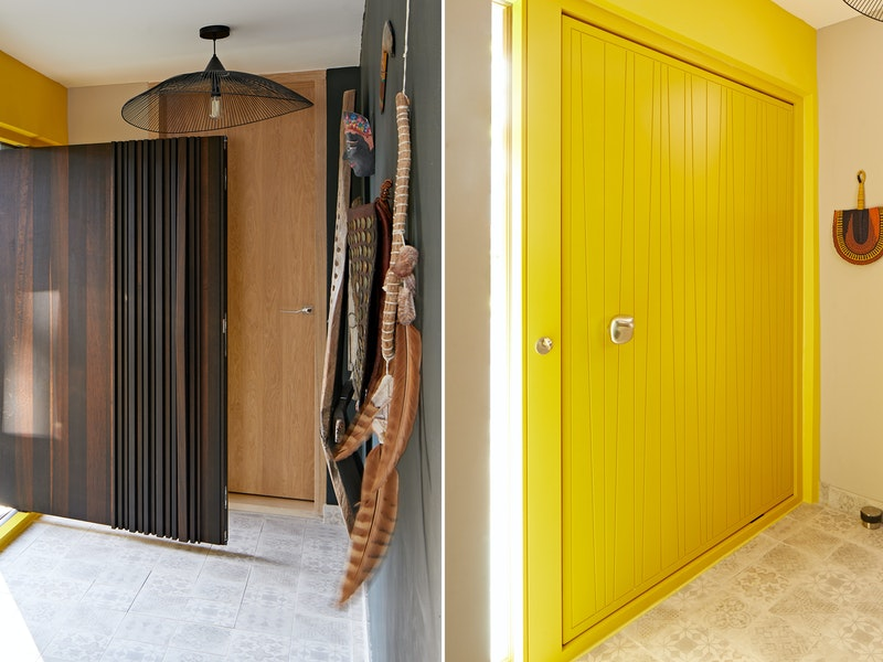 Bari design on the external side and a Milano V in a yellow RAL on the internal side