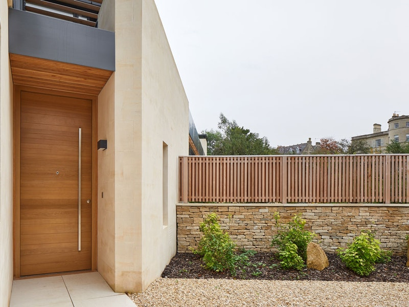 Neo front door | European Oak | Option 11 handle