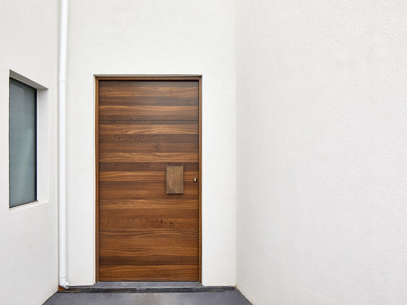Fumed wood | Bronze handle option: BZ1 | Parma front door