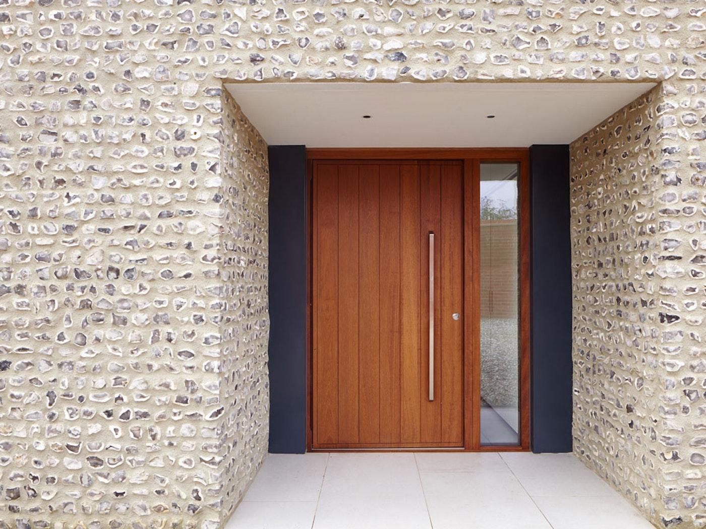 Iroko wood | Porto front door
