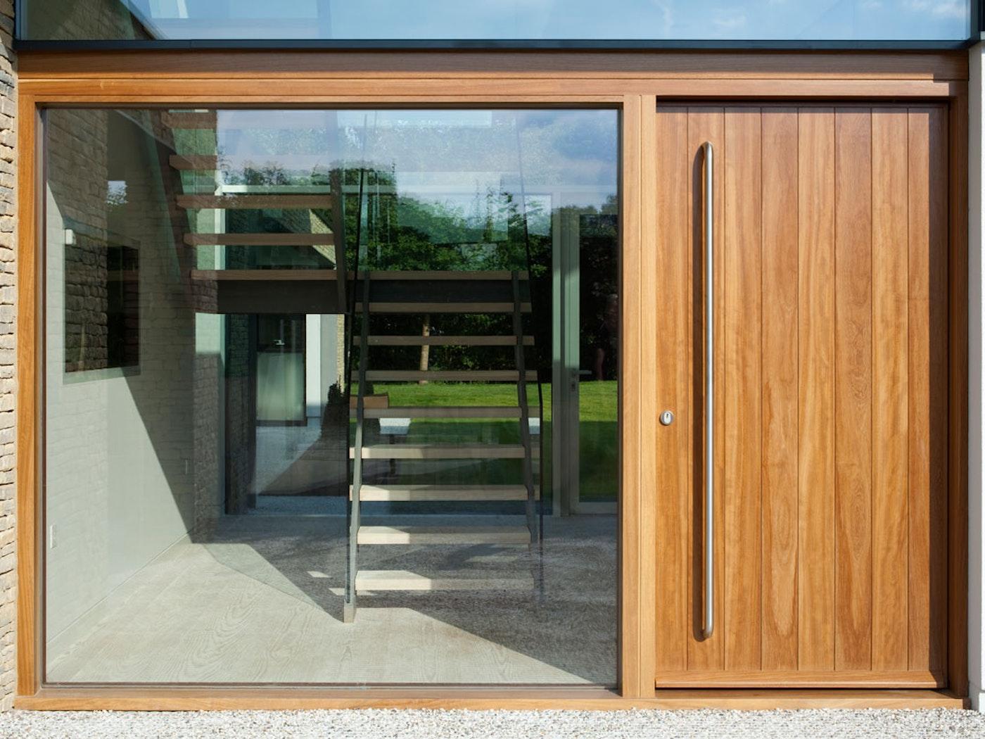 Oak wood   Sidelight (glass panel)   Porto front door