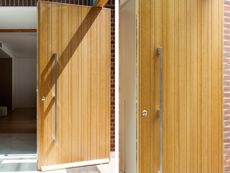 Rondo front door oak | Vertical grooves | Urban Front