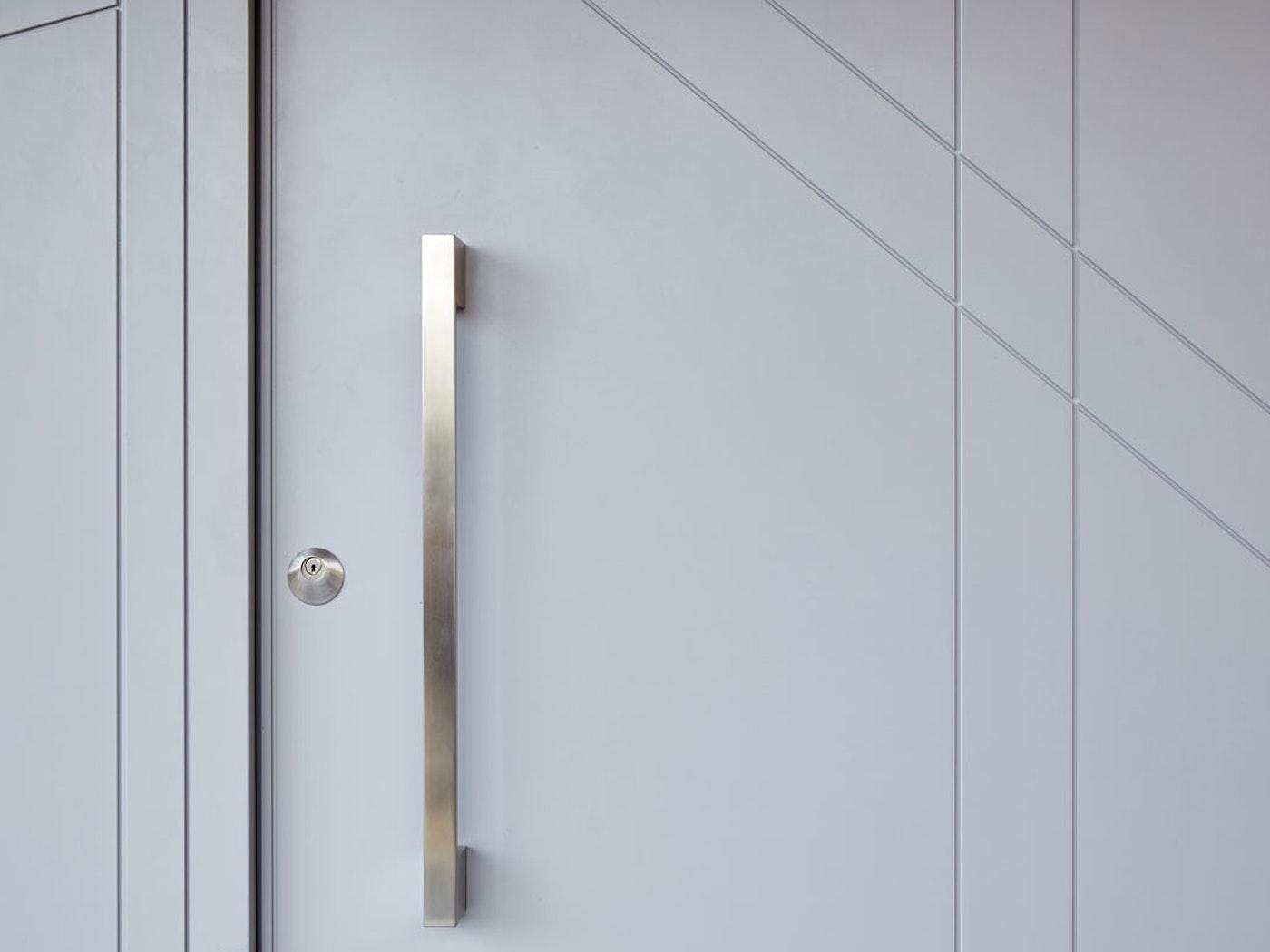 Grey painted | Handle option 10 | Root front door by Urban Front