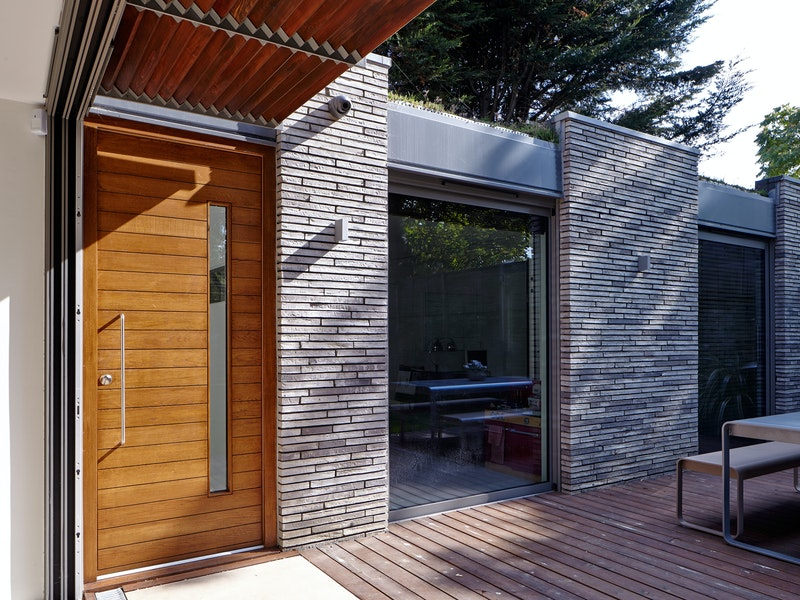 Doors in contemporary houses 24