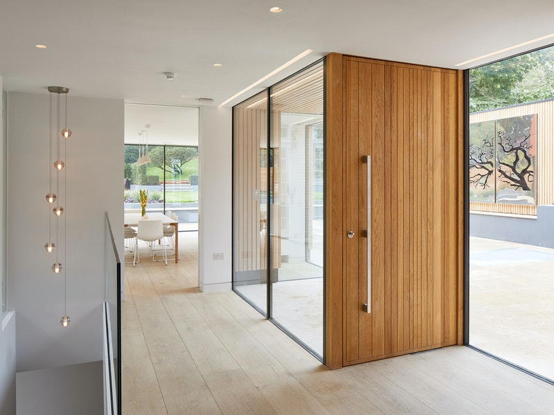 Urban Front's oversized door in the Neo V design, made from european oak