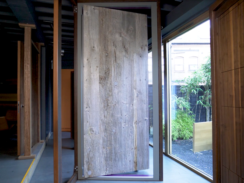 Barn showroom door Urban Front