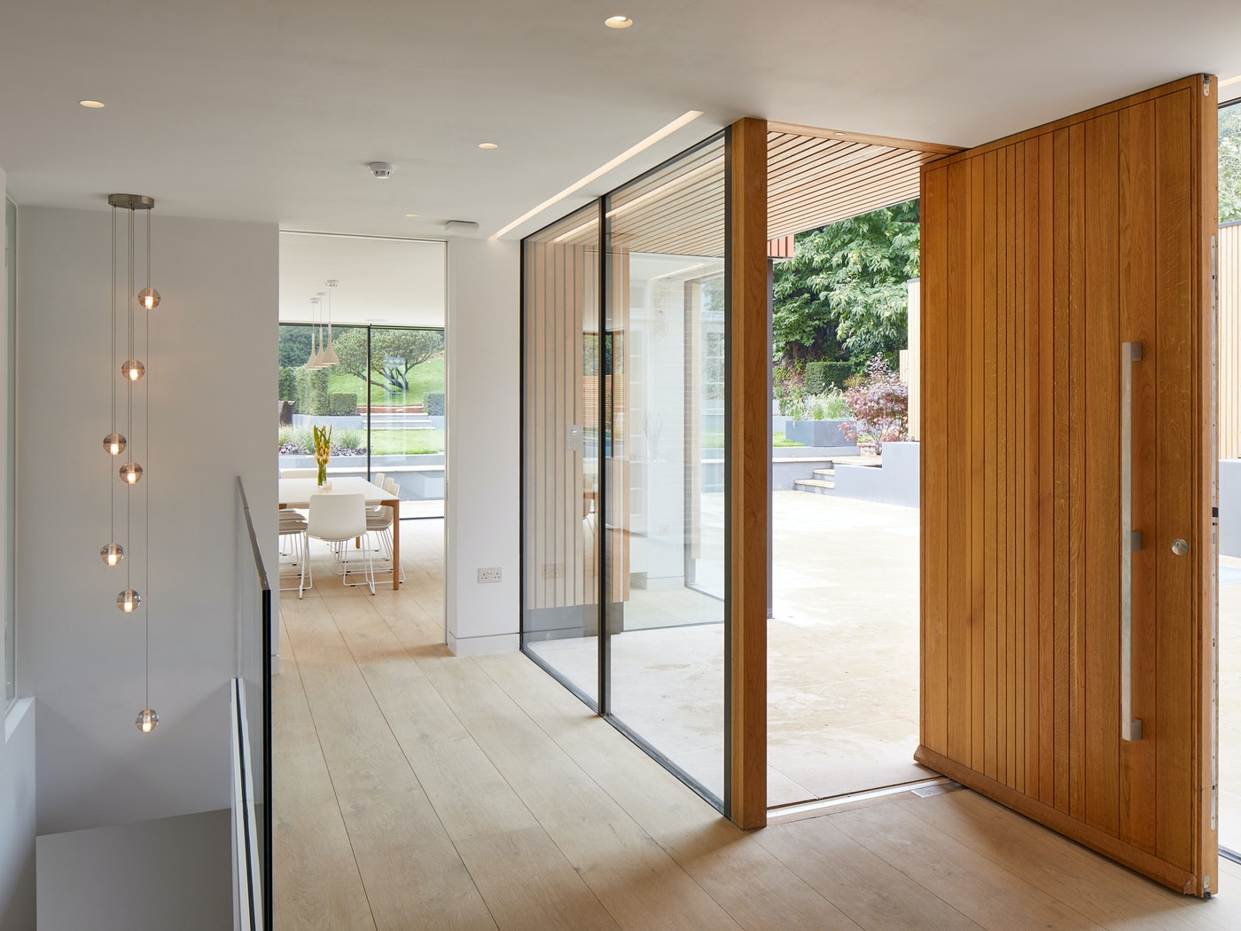 Fitted in glass, this door makes an impressive entrance