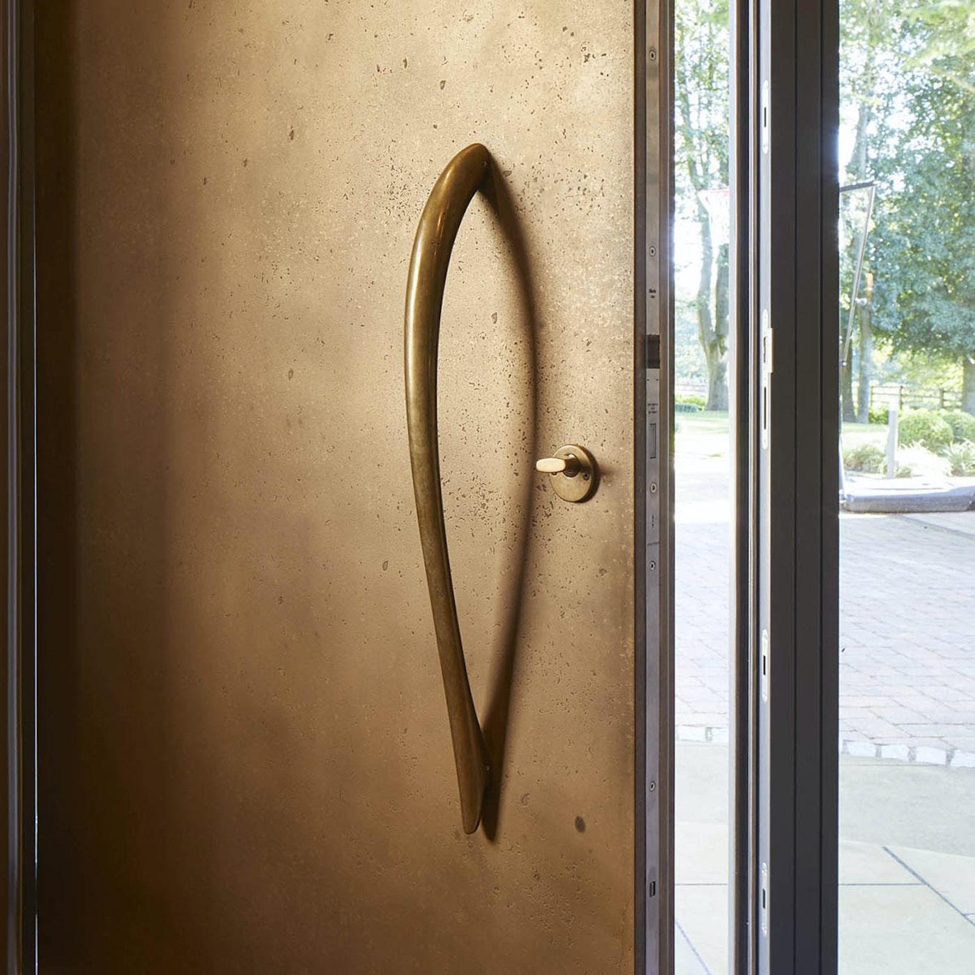 bz4 on door