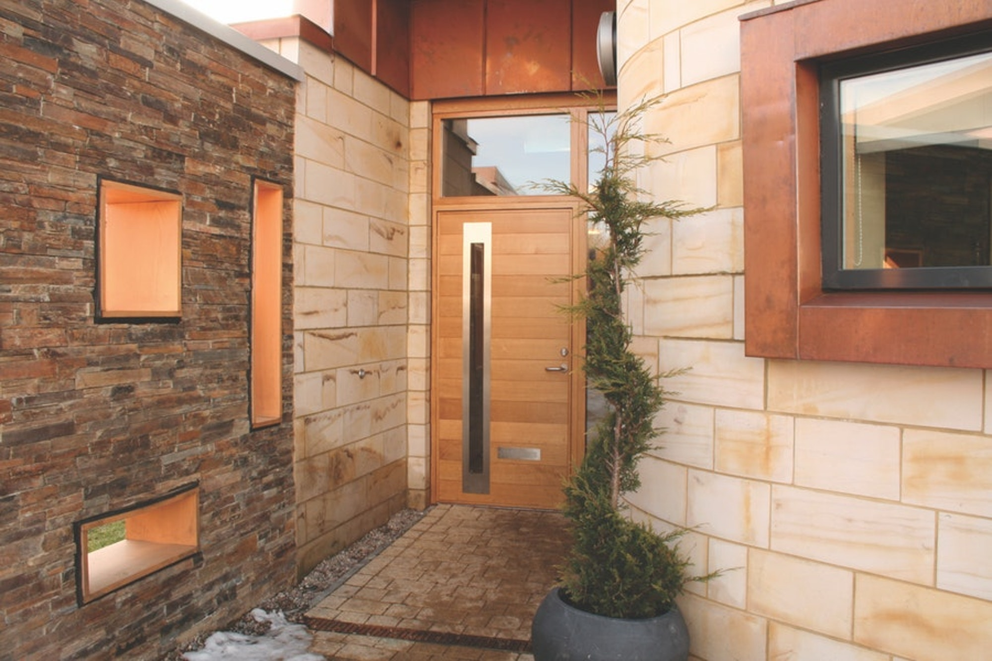sorrento | Western Red Cedar | storeylite and side lite to match door